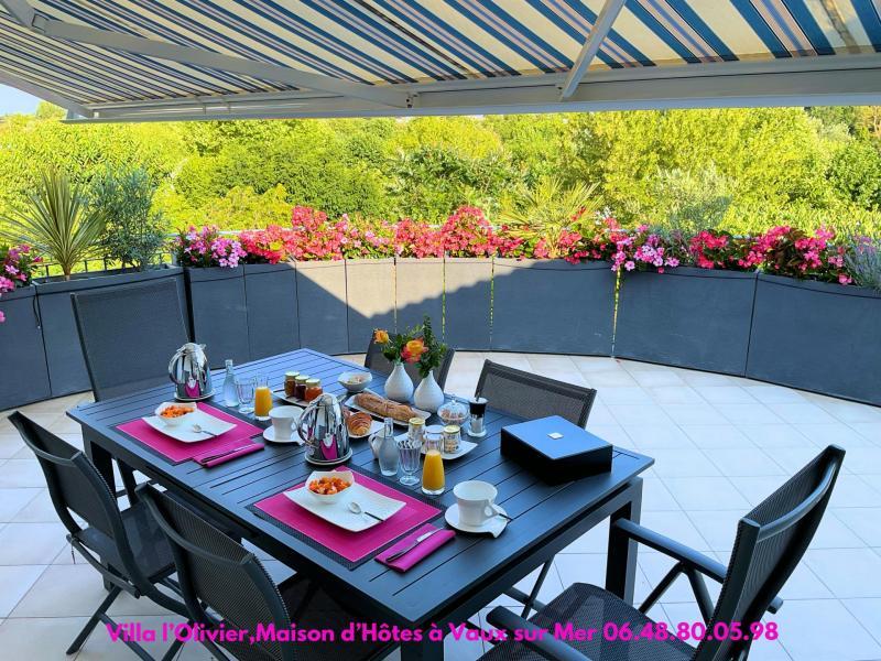 20 07 2021 terrasse petit dejeuner 4